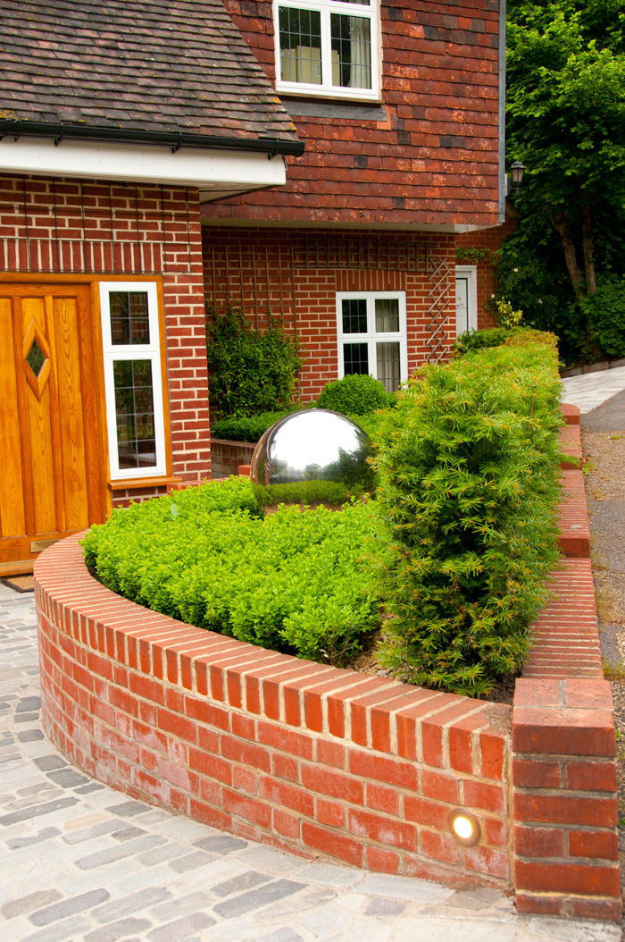 Small front garden design millhouse landscapes for Small front garden designs