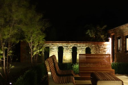 Evening_Shot_Of_Patio_Lighting