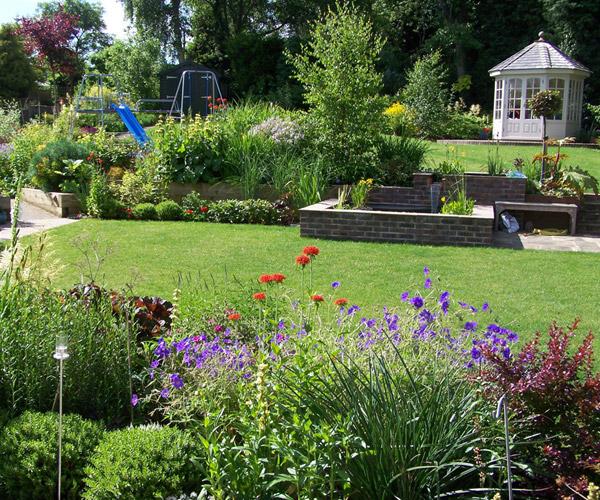 Medium Sized Garden, Sevenoaks | Millhouse Landscapes on Medium Sized Backyard Ideas id=96938